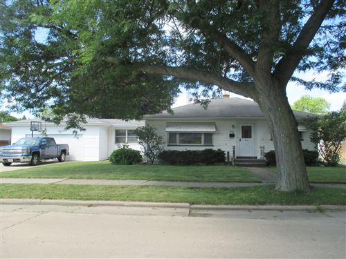 Photo of 6336 50th, Kenosha, WI 53142 (MLS # 1698523)