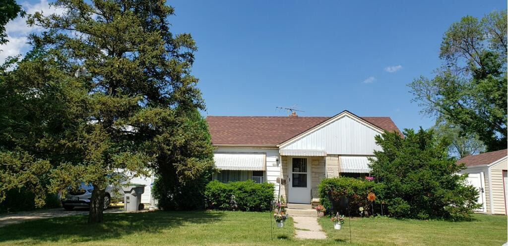 8044 W Fond du Lac Ave, Milwaukee, WI 53218 - #: 1699523