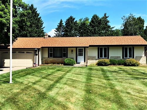 Photo of 3340 Mount Ln, Richfield, WI 53033 (MLS # 1698527)