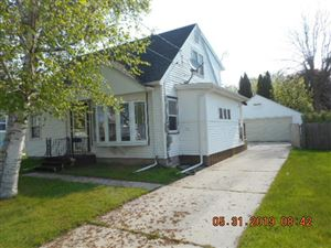 Photo of 1317 S 20th St, Manitowoc, WI 54220 (MLS # 1626529)