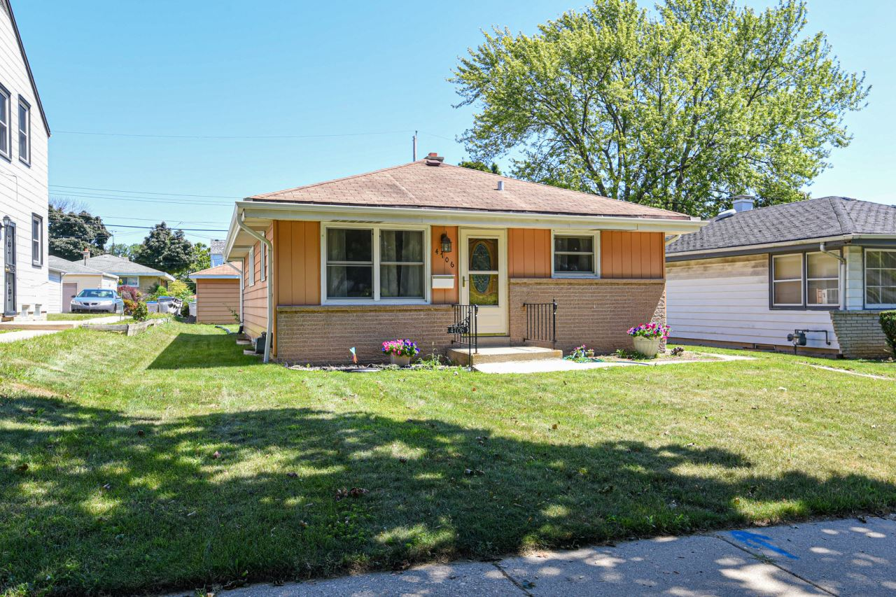 4706 N 80th St, Milwaukee, WI 53218 - #: 1703529