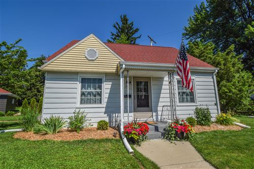 Photo of 113 Summit DR, Port Washington, WI 53074 (MLS # 1698530)