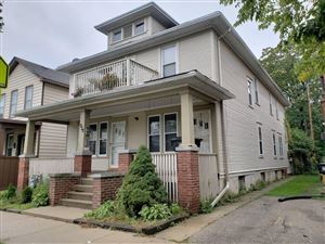 Photo of 932 Center St #Lower, Racine, WI 53403 (MLS # 1659533)