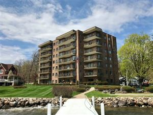 Photo of 9 S Walworth Avenue #601, Williams Bay, WI 53191 (MLS # 1632536)