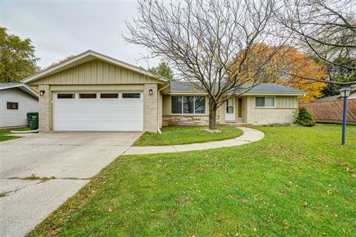 Photo of 5413 ERIE ST, Caledonia, WI 53402 (MLS # 1716537)