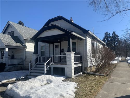 Photo of 1001 E Holt Ave, Milwaukee, WI 53207 (MLS # 1729538)