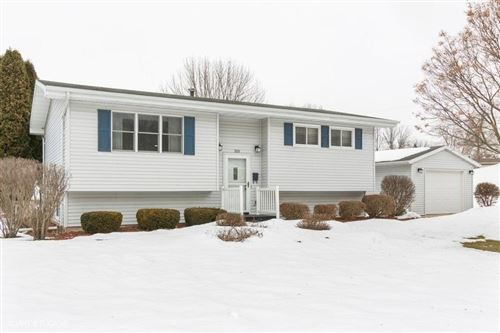 Photo of 285 Easy St, Mayville, WI 53050 (MLS # 1678553)
