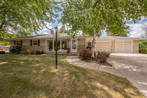 Photo of 664 S 15th Ave, West Bend, WI 53095 (MLS # 1746556)