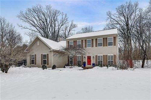 Photo of N73W24375 Ridgewood Rd, Sussex, WI 53089 (MLS # 1724563)
