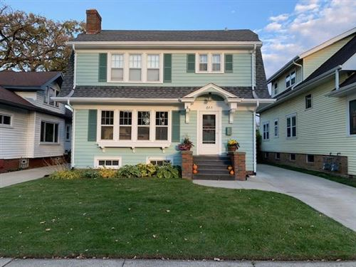 Photo of 611 Monroe Ave, Racine, WI 53405 (MLS # 1716568)