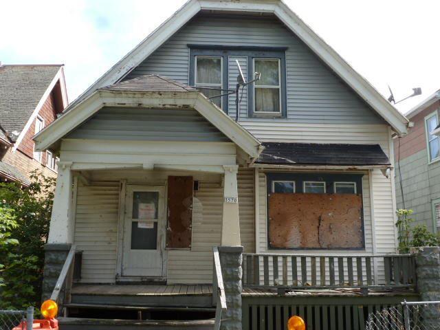 3570 N 19th St, Milwaukee, WI 53206 - #: 1659570
