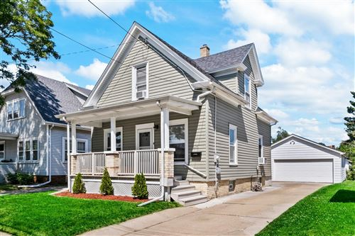 Photo of 617 Hayes Ave, Racine, WI 53405 (MLS # 1746579)