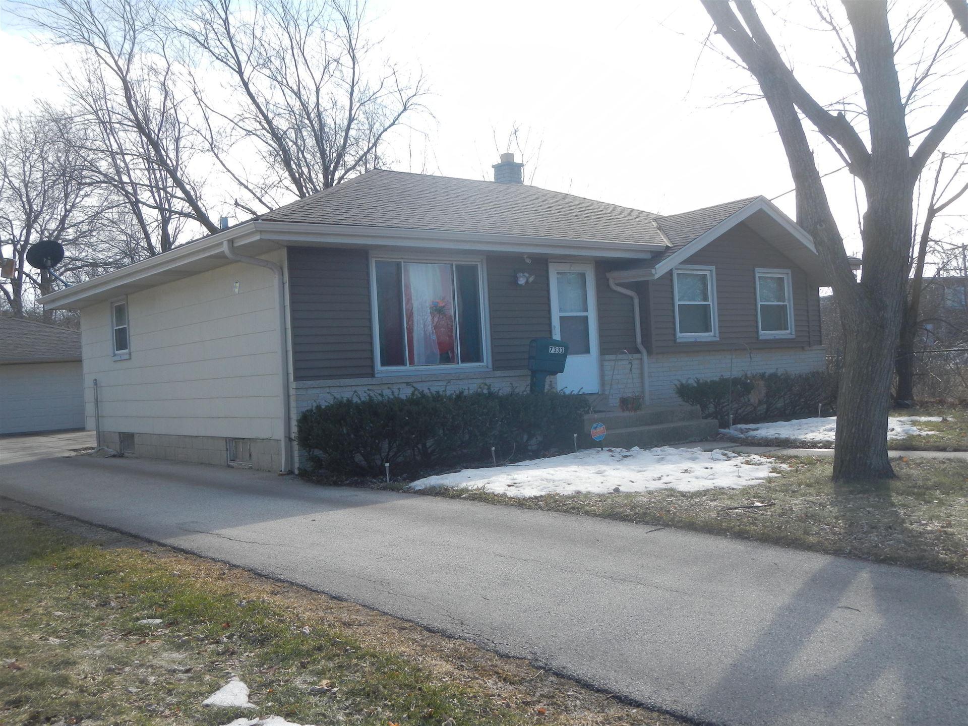 7333 W Acacia St, Milwaukee, WI 53223 - #: 1679579
