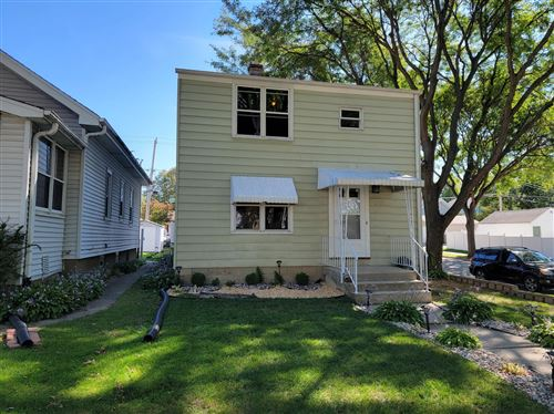 Photo of 1430 S 90th St, West Allis, WI 53214 (MLS # 1764585)
