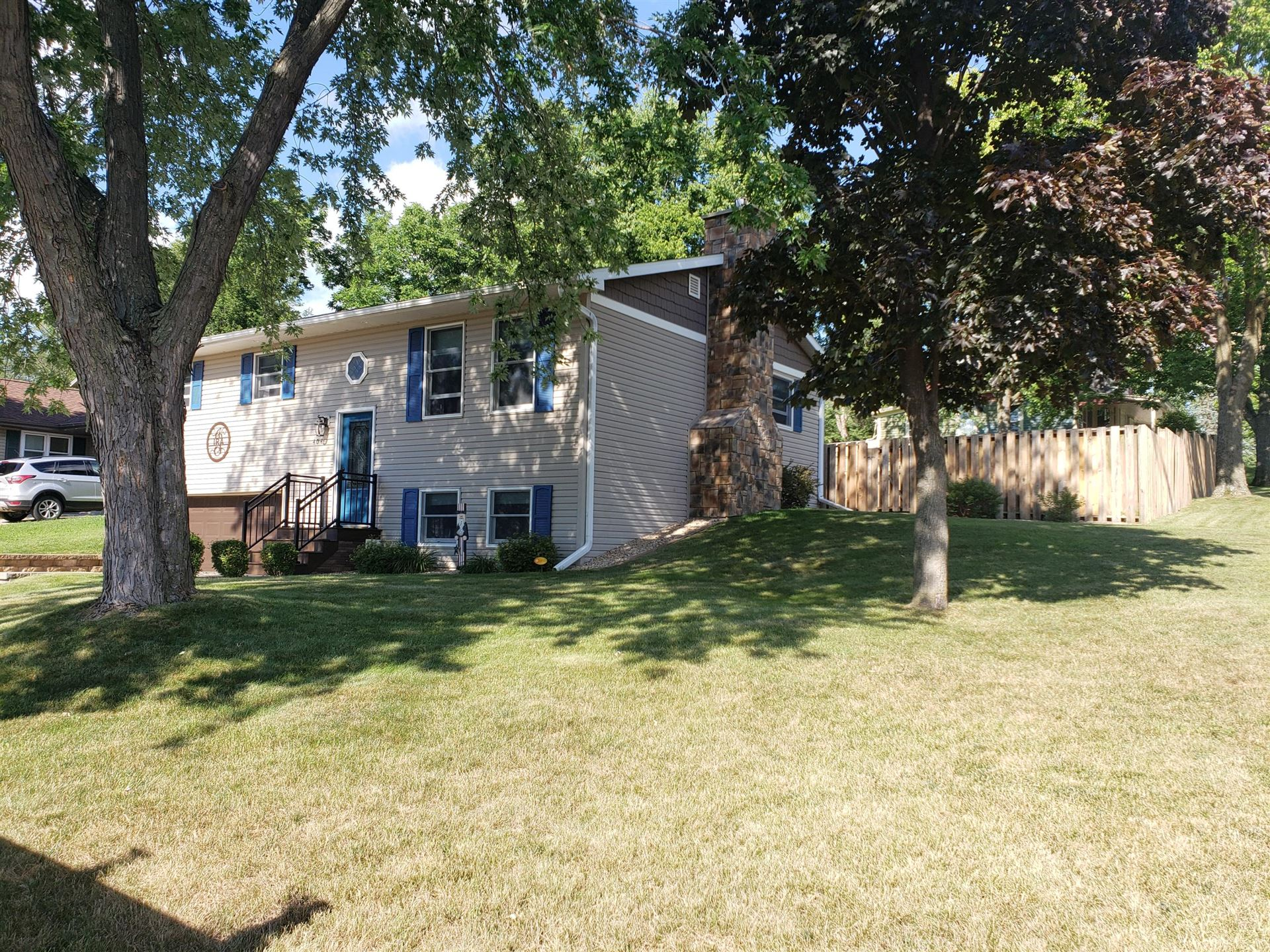 404 7TH AVE N, Onalaska, WI 54650 - MLS#: 1700586