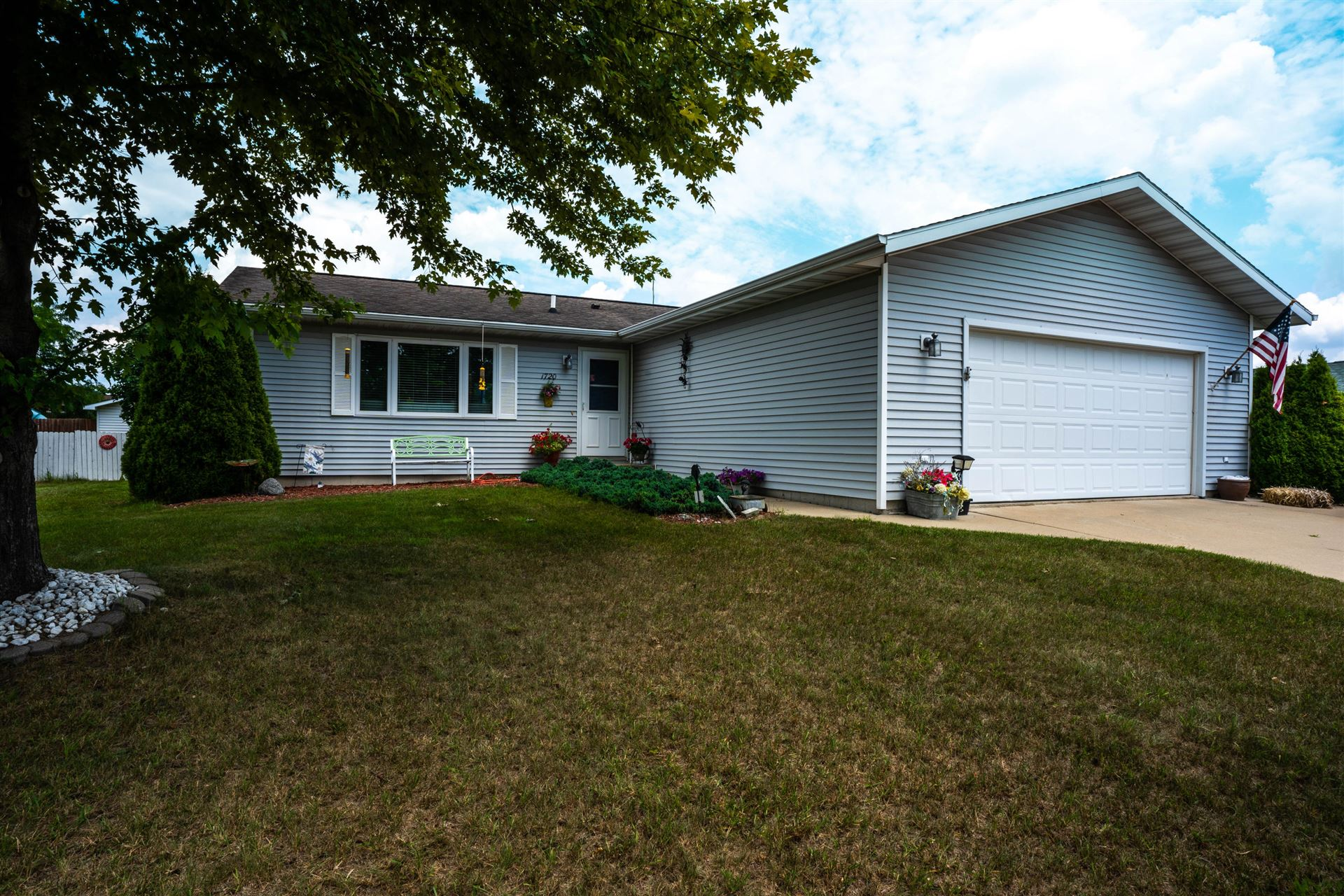 1720 CLEARVIEW DR, Sparta, WI 54656 - MLS#: 1697588