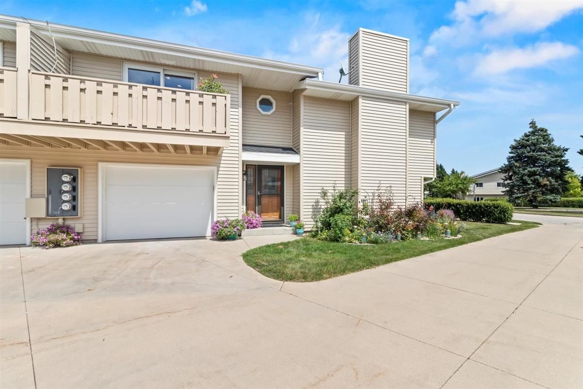 6420 S Crabapple Ct #1, Oak Creek, WI 53154 - #: 1701588