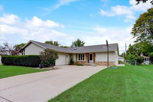 Photo of 4470 S 85th St, Greenfield, WI 53228 (MLS # 1764590)