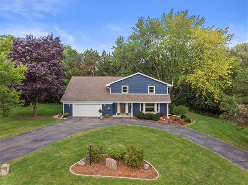 Photo of 13620 Forest Grove Ln, Brookfield, WI 53005 (MLS # 1764591)