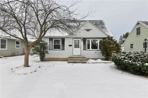 Photo of 8014 W Holt Ave, Milwaukee, WI 53219 (MLS # 1724592)