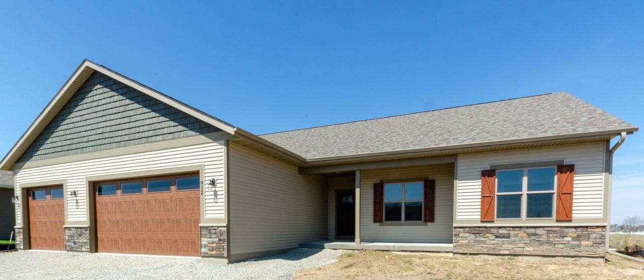 912 Casey Dr, Watertown, WI 53094 - #: 1674594