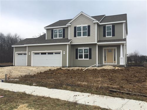 Photo of W136N6242 Hummingbird Way, Menomonee Falls, WI 53051 (MLS # 1670595)