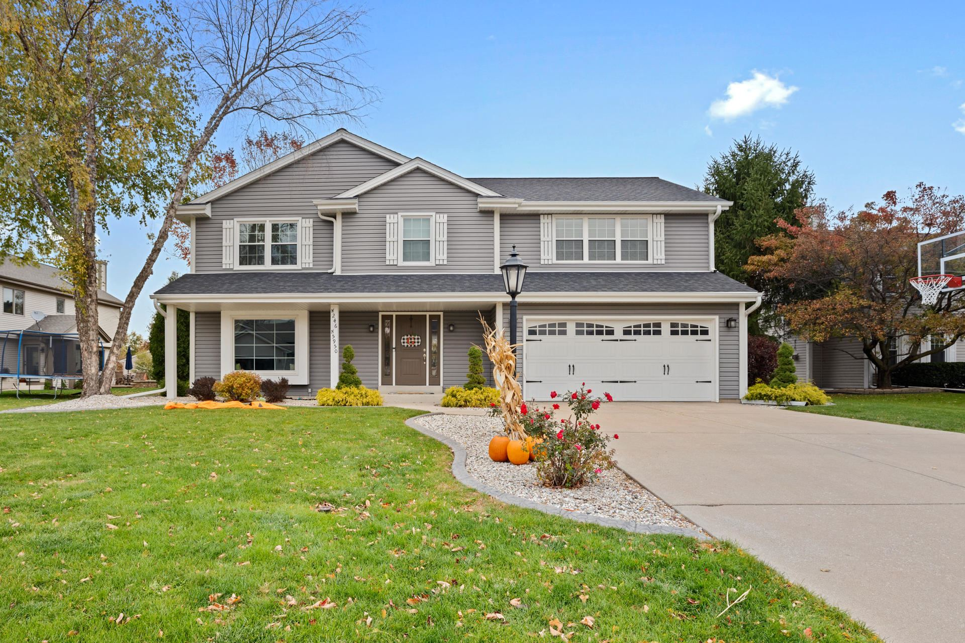 W246N5950 Grouse Ct, Sussex, WI 53089 - #: 1715608