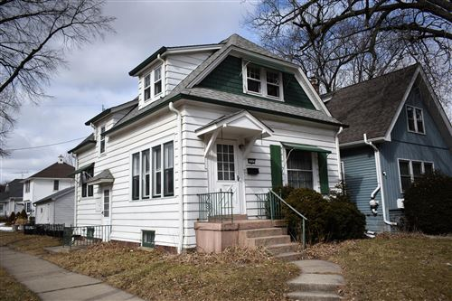 Photo of 1047 Glenview Ave, Wauwatosa, WI 53213 (MLS # 1678610)