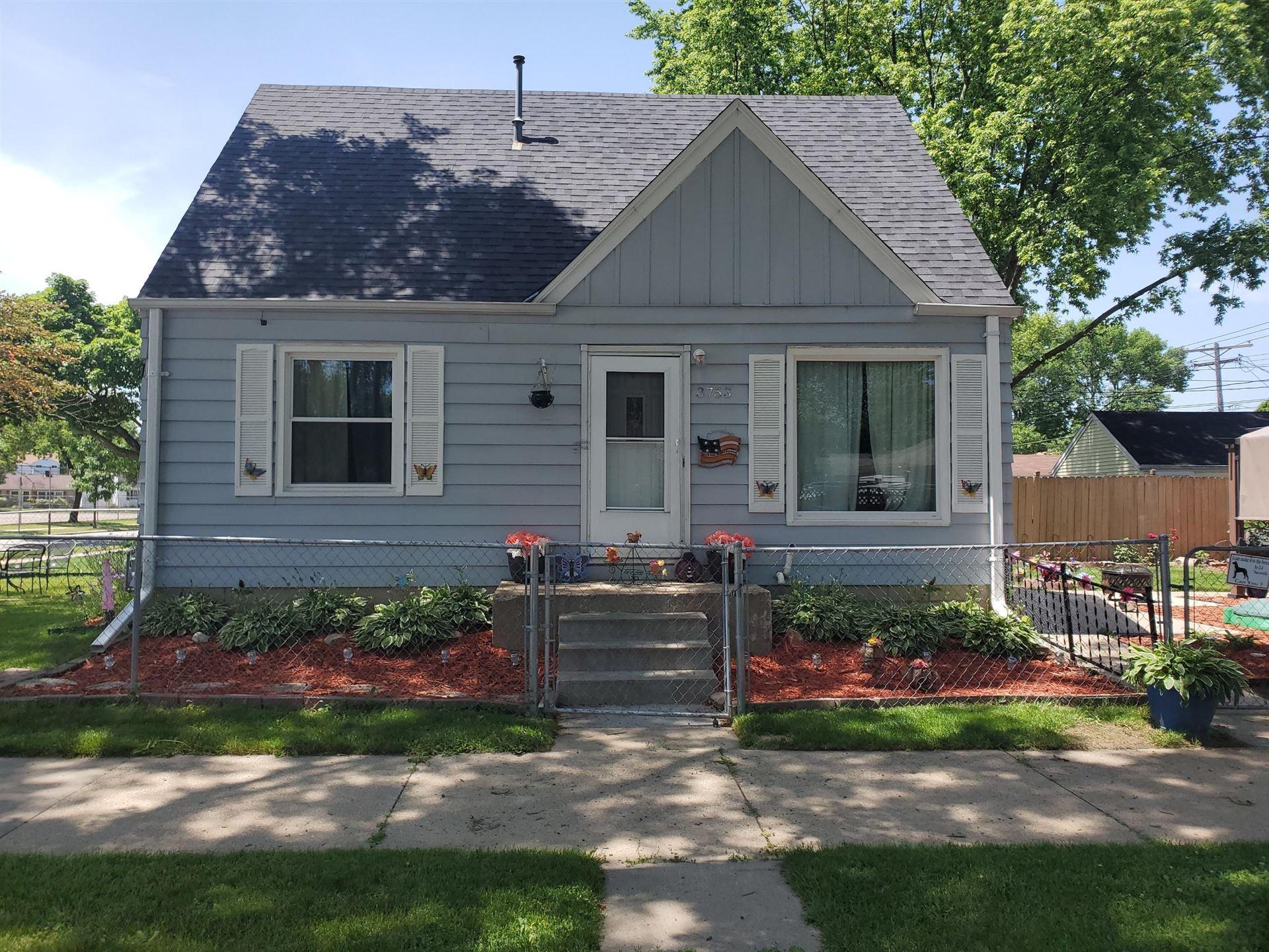 3753 N Willis Pl, Milwaukee, WI 53222 - #: 1696611