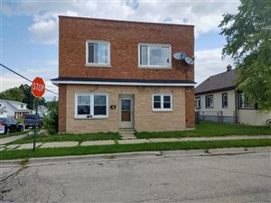 Photo of 428 Marquette Ave, South Milwaukee, WI 53172 (MLS # 1655615)