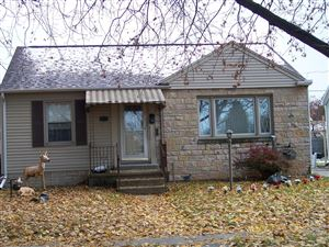 Photo of 1321 S 22nd St, Manitowoc, WI 54220 (MLS # 1666616)