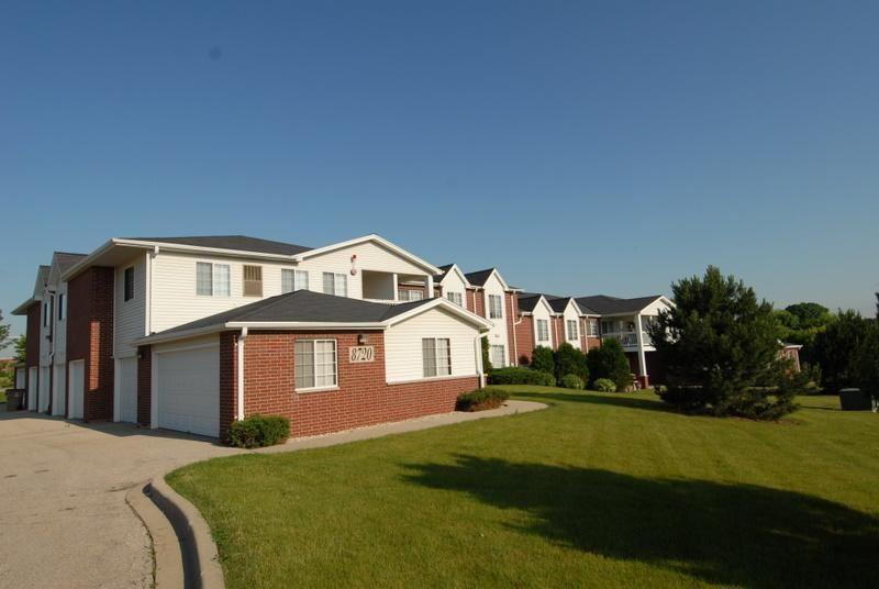 8720 Lexington Pl #2, Pleasant Prairie, WI 53158 - #: 1690616