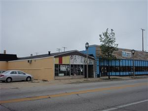 Photo of 338 W North Ave, Milwaukee, WI 53212 (MLS # 1658628)