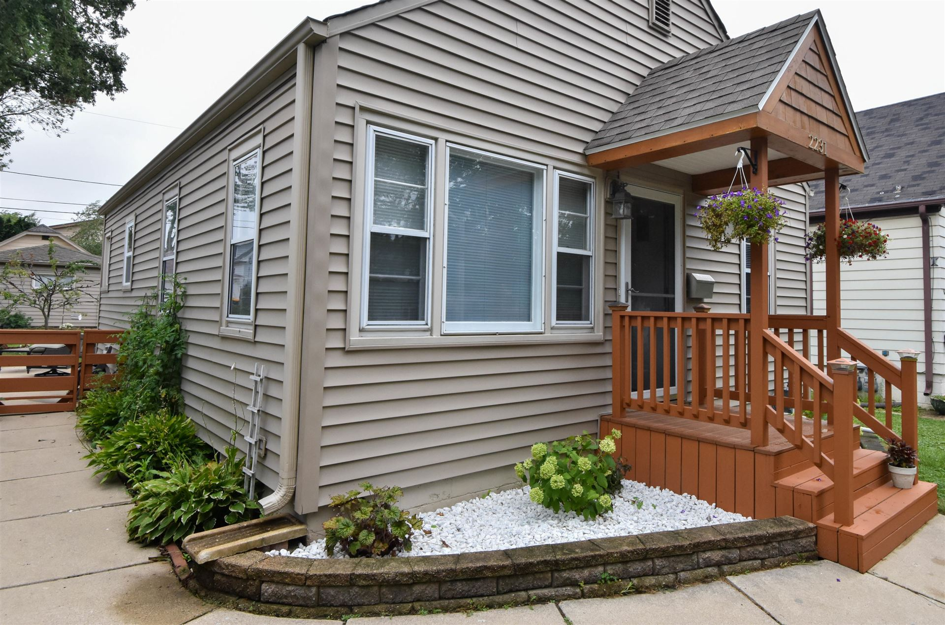 2231 S 65th St, West Allis, WI 53219 - #: 1703631