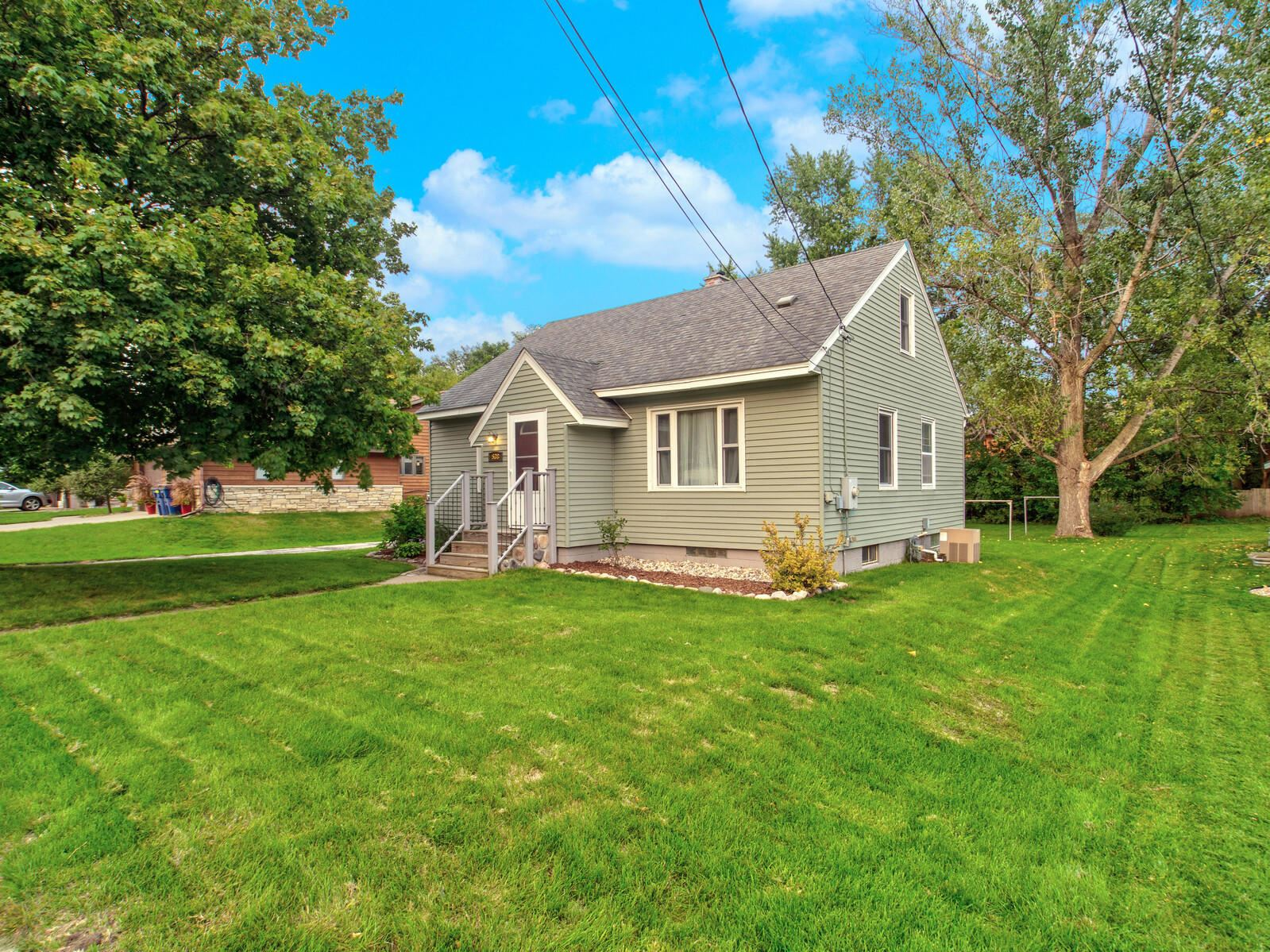 538 6th Ave N, Onalaska, WI 54650 - MLS#: 1710631