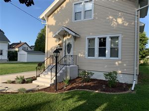 Photo of 721 N 5th St, Manitowoc, WI 54220 (MLS # 1651635)