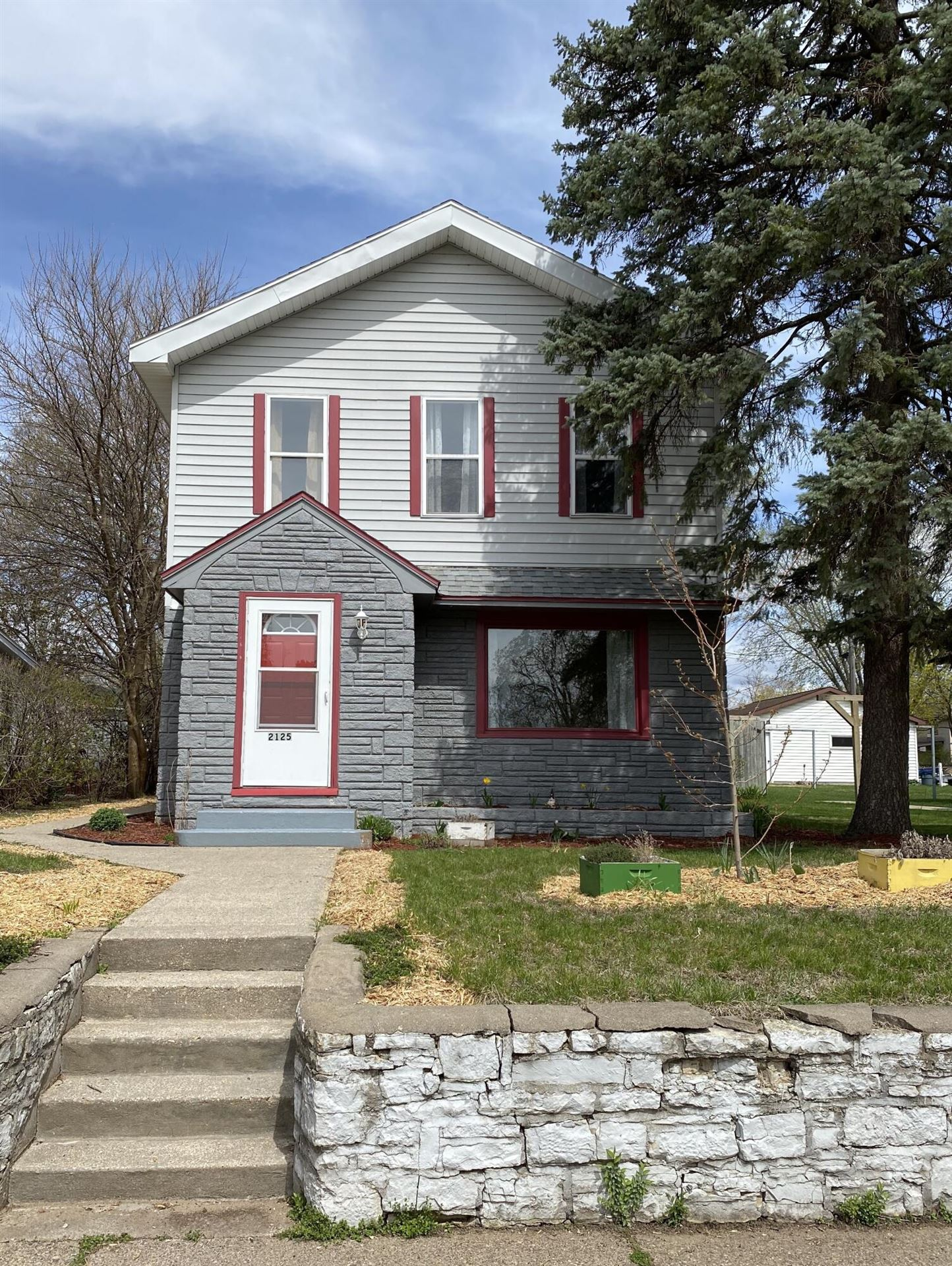 2125 Madison, La Crosse, WI 54601 - MLS#: 1735636