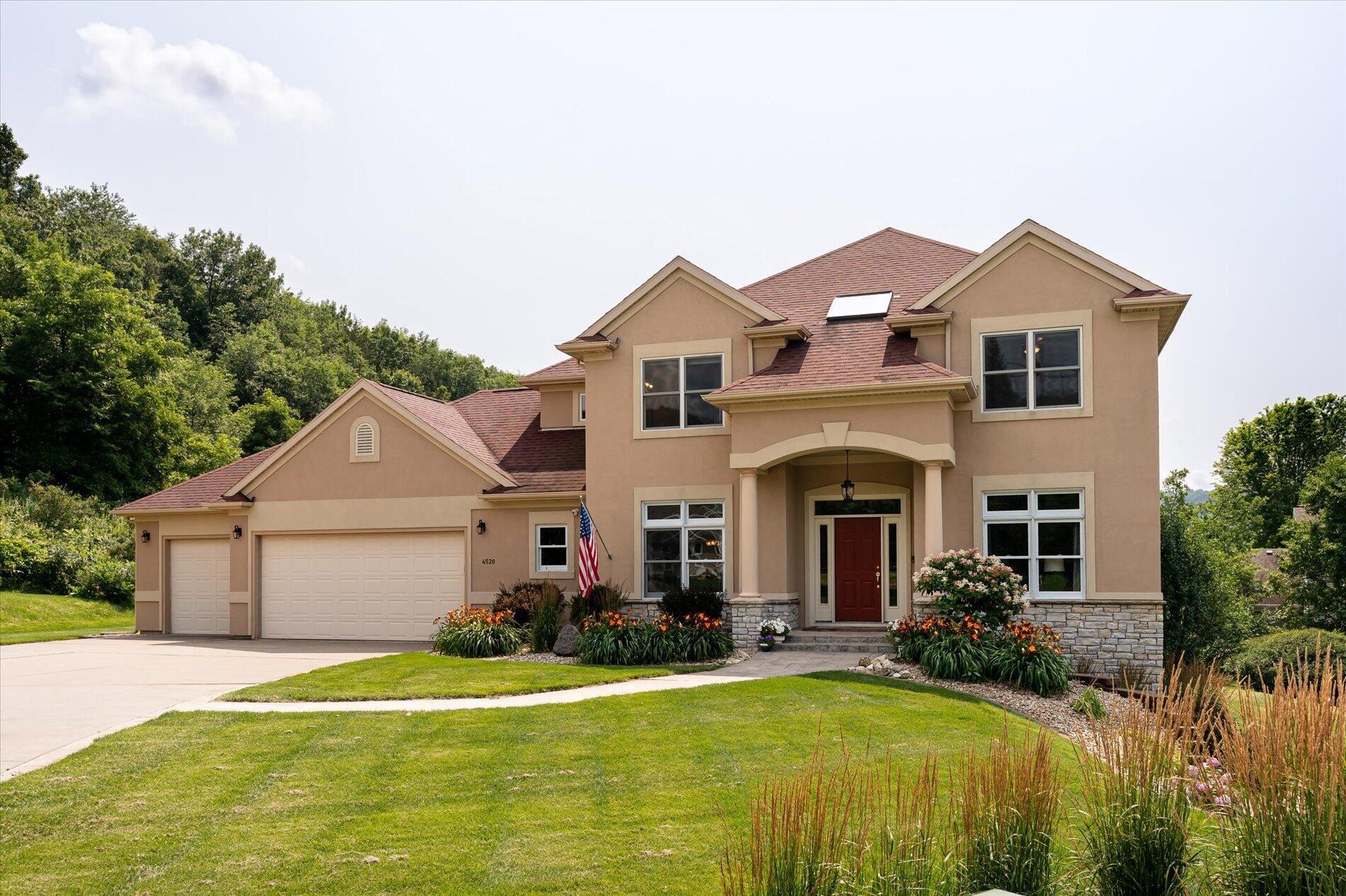 4520 Woodland Grn, La Crosse, WI 54601 - MLS#: 1753637