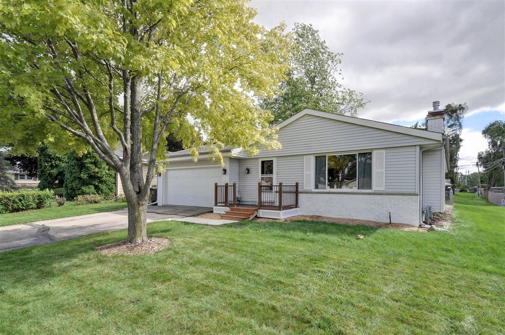 809 16th Ave, Union Grove, WI 53182 - #: 1658638