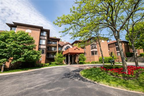 Photo of 1600 W Green Tree Rd #101, Glendale, WI 53209 (MLS # 1678639)