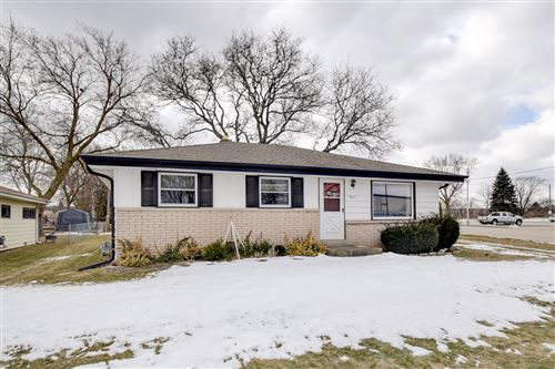 Photo of 3025 E Hammond Ave, Cudahy, WI 53110 (MLS # 1678644)