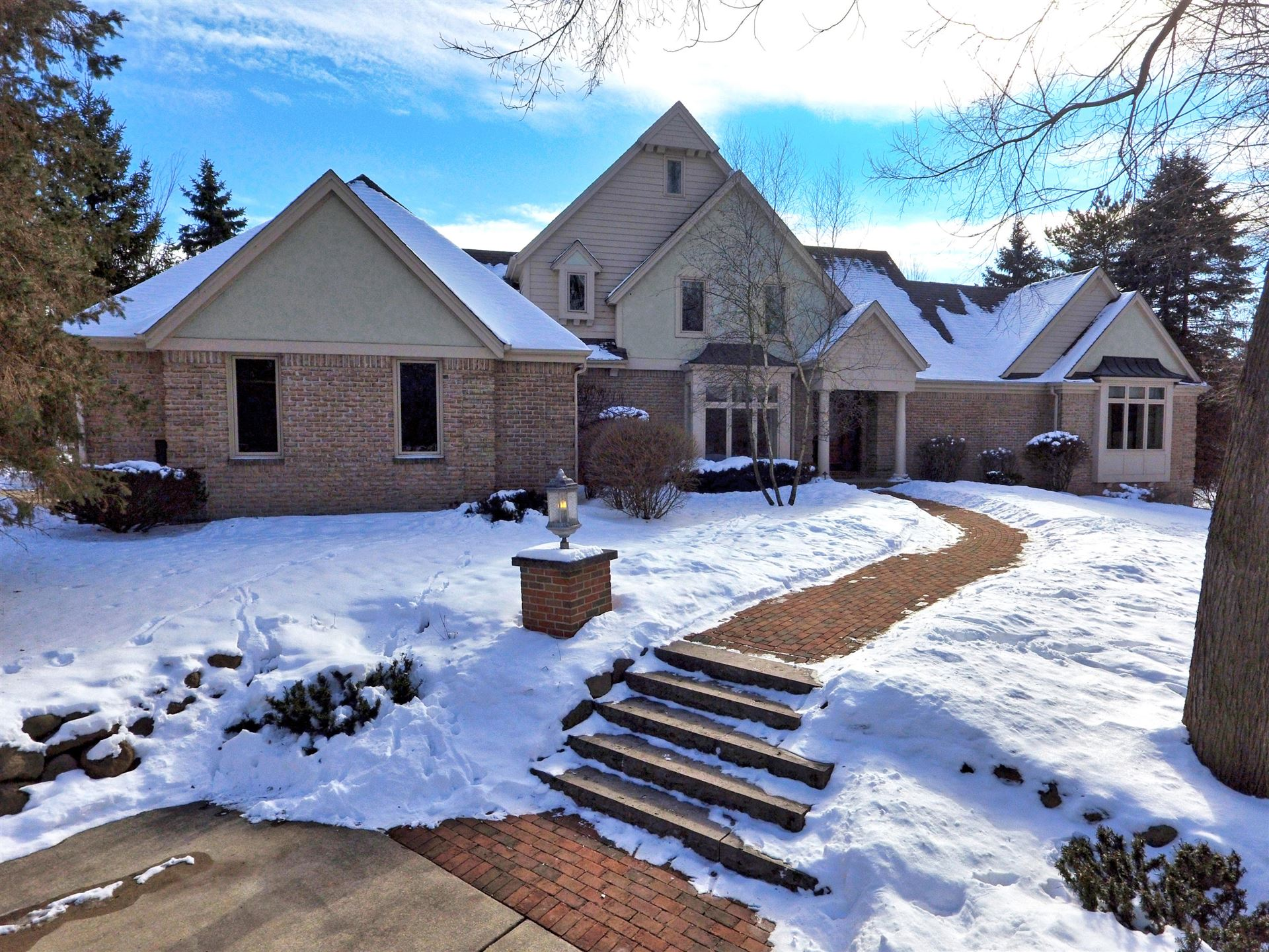 11601 N Grace Ct, Mequon, WI 53092 - #: 1691646