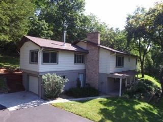 Photo of 4126 N River Hills Ct, Janesville, WI 53545 (MLS # 1734647)