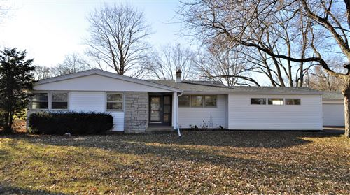 Photo of 13807 W Green Meadow DR, New Berlin, WI 53151 (MLS # 1670648)