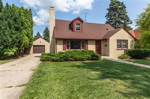Photo of 11 S Church St, Elkhorn, WI 53121 (MLS # 1648649)