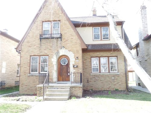 Photo of 5618 W Brooklyn Pl, Milwaukee, WI 53216 (MLS # 1670649)