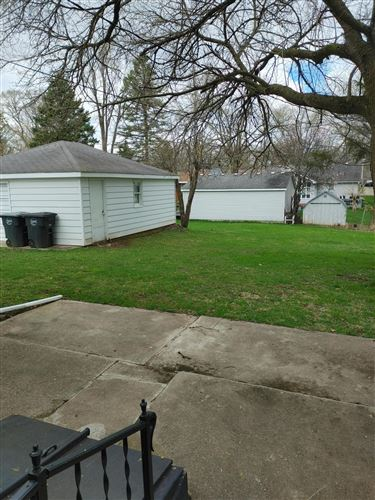 Photo of 27000 97th pl, Salem, WI 53179 (MLS # 1734649)