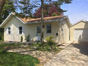Photo of 1106 Flambeau St, Manitowoc, WI 54220 (MLS # 1655651)