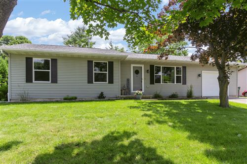 Photo of 1613 S 9TH St, Watertown, WI 53094 (MLS # 1698656)