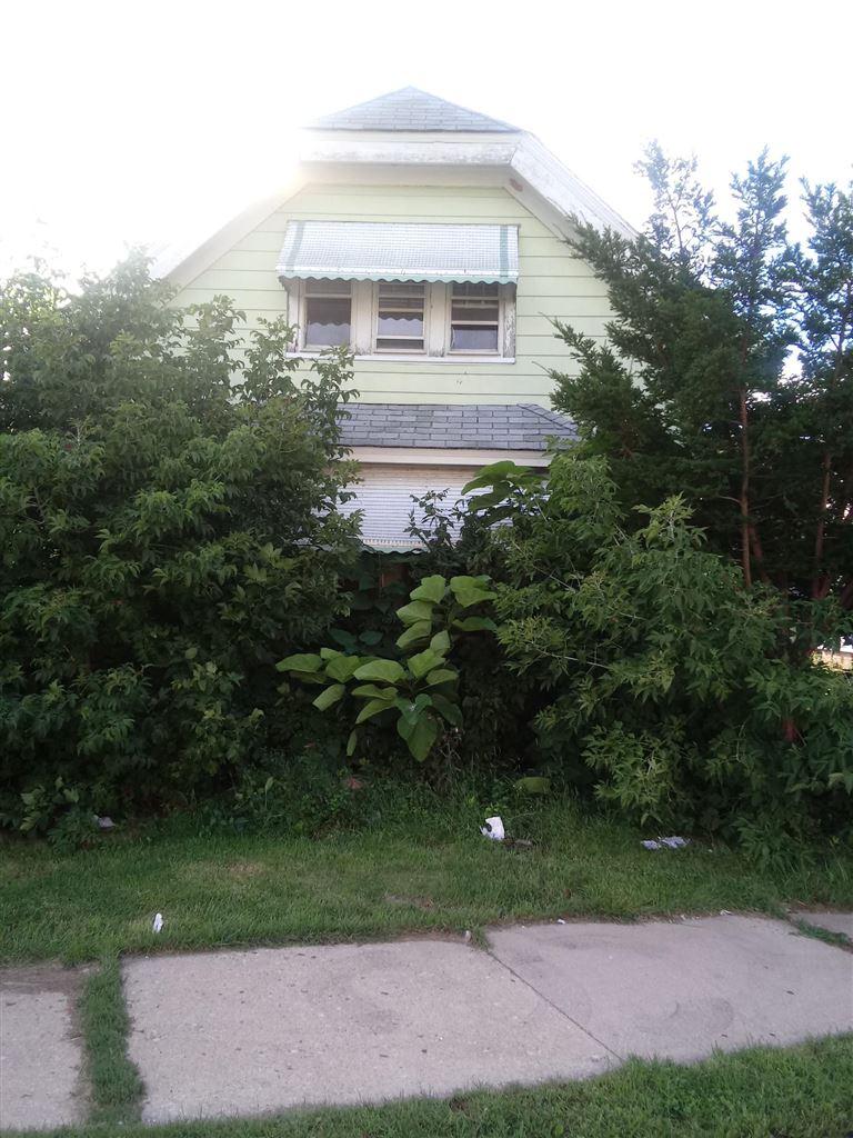 3215 N Julia St #3215A, Milwaukee, WI 53212 - #: 1613656